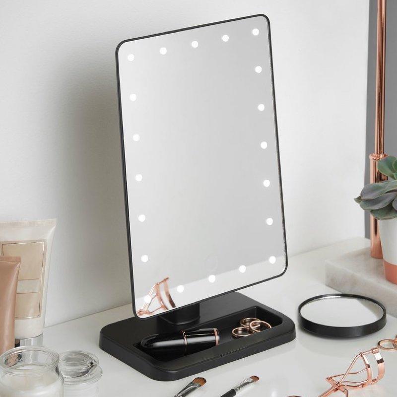 sminkspegel med belysning